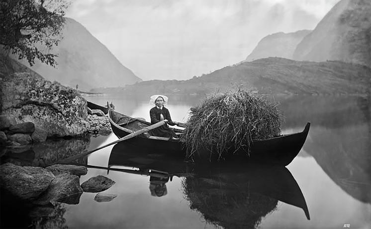 Rocks and Hard Places: Emigration Through the Lens of Knud Knudsen