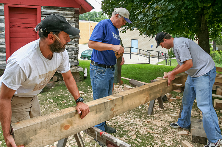 Timber frame students at work during a Vesterheim Folk Art School class.